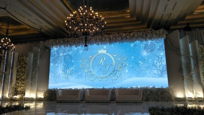 RENT LED PANEL BIG SCREEN by Hotel Indonesia Kempinski Jakarta - 001