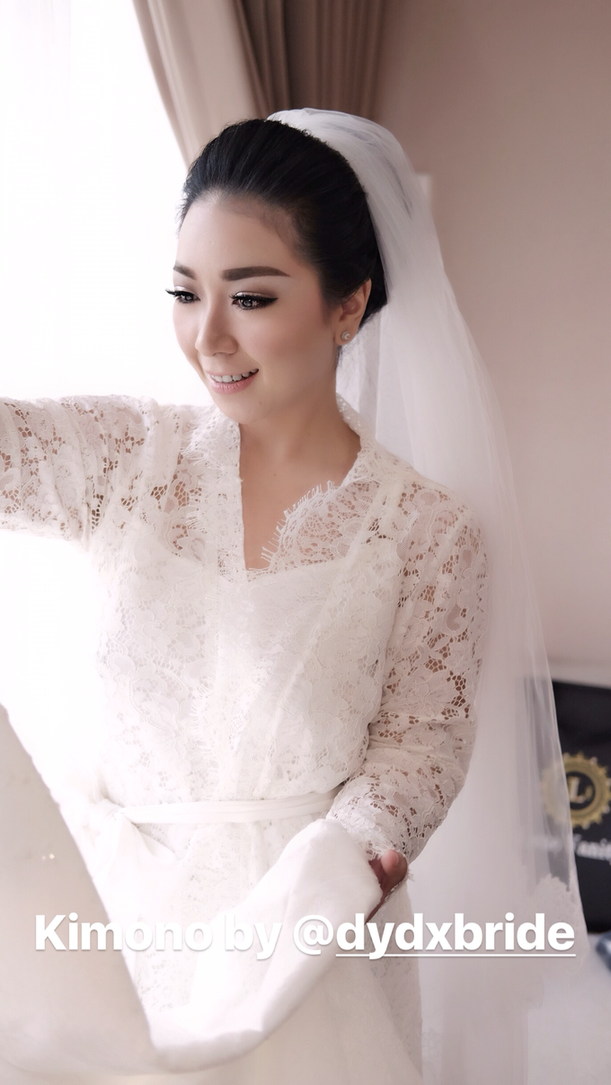 Wedding of Yuris and Retha by Vidi Daniel Makeup Artist managed by Andreas Zhu - 003
