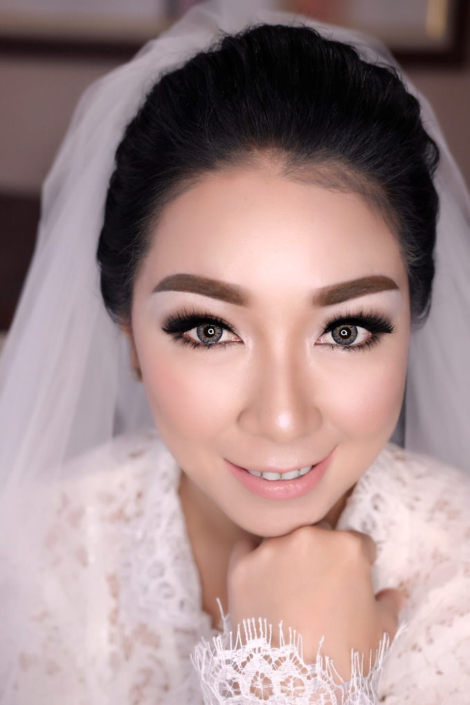 Wedding of Yuris and Retha by Vidi Daniel Makeup Artist managed by Andreas Zhu - 005