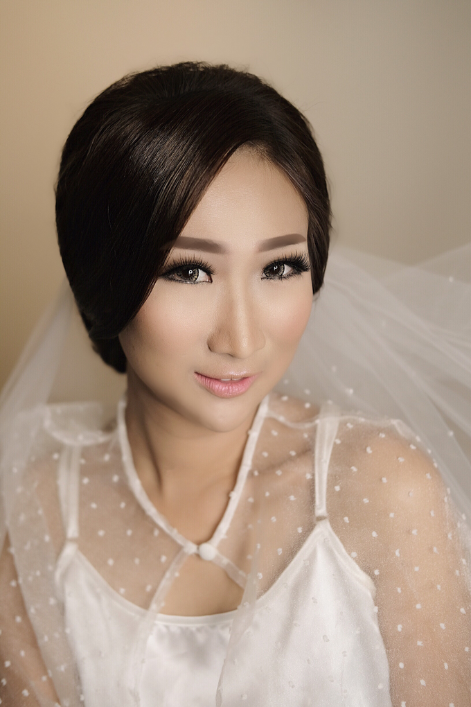 Latest Make up Style by Vidi Daniel Makeup Artist managed by Andreas Zhu - 001