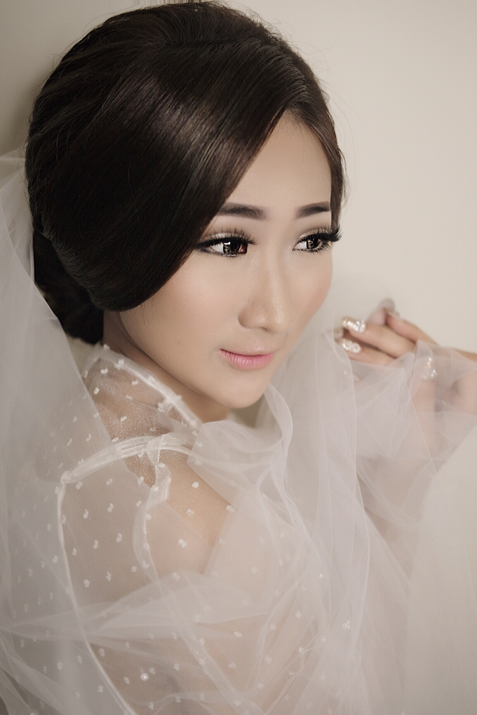 Latest Make up Style by Vidi Daniel Makeup Artist managed by Andreas Zhu - 002