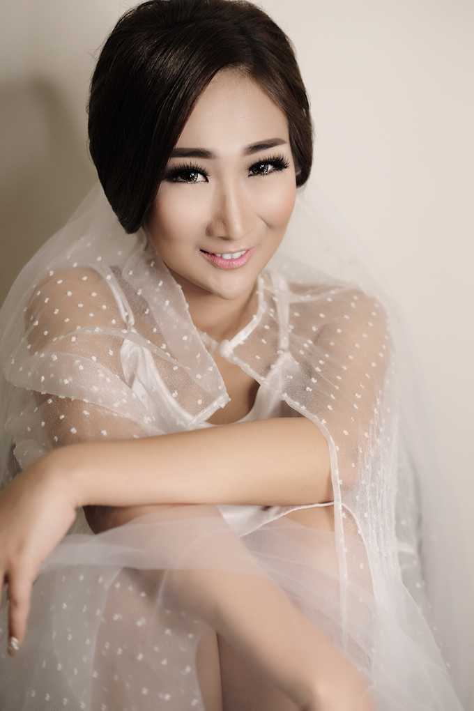 Latest Make up Style by Vidi Daniel Makeup Artist managed by Andreas Zhu - 003