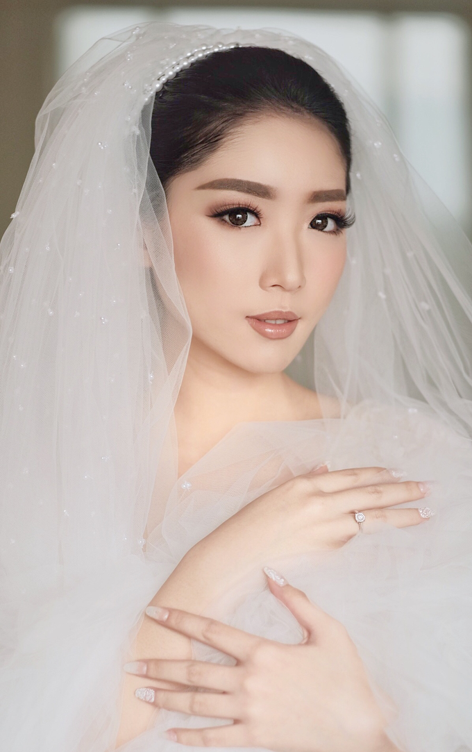 Latest Make up Style by Vidi Daniel Makeup Artist managed by Andreas Zhu - 009