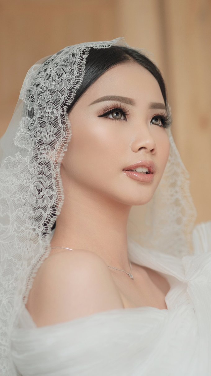Latest Make up Style by Vidi Daniel Makeup Artist managed by Andreas Zhu - 023