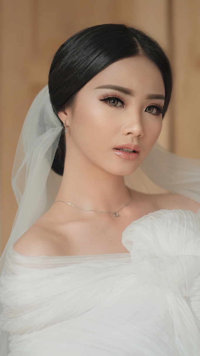 Latest Make up Style by Vidi Daniel Makeup Artist managed by Andreas Zhu - 025