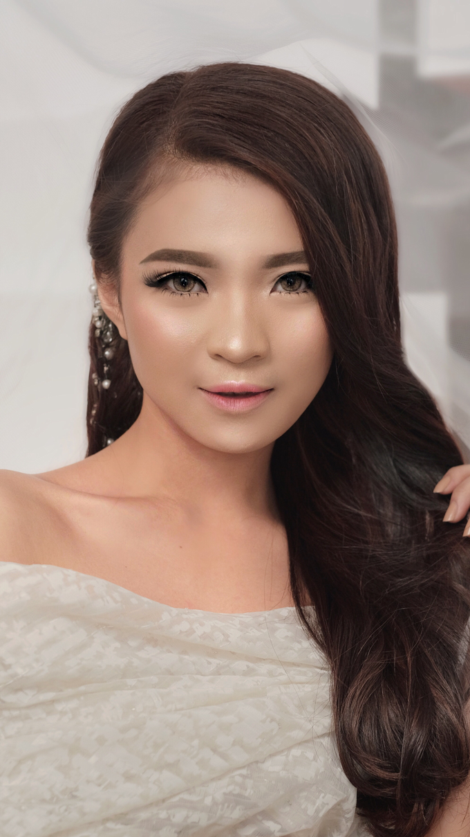 Latest Make up Style by Vidi Daniel Makeup Artist managed by Andreas Zhu - 029