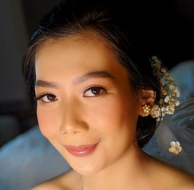 Wedding Make Up by Make Up by Mutiara Fallahdani - 006