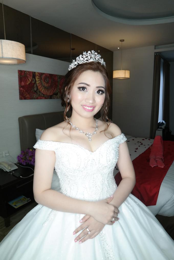 Wedding - Olivia  by vinamakeupartist - 002