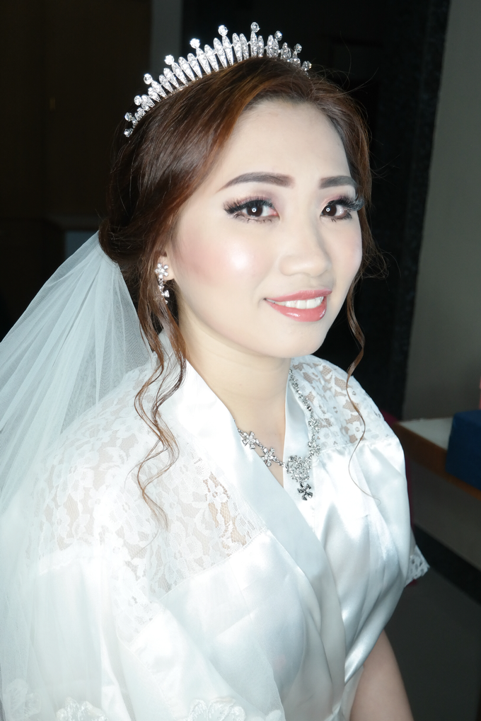 Wedding - Olivia  by vinamakeupartist - 007