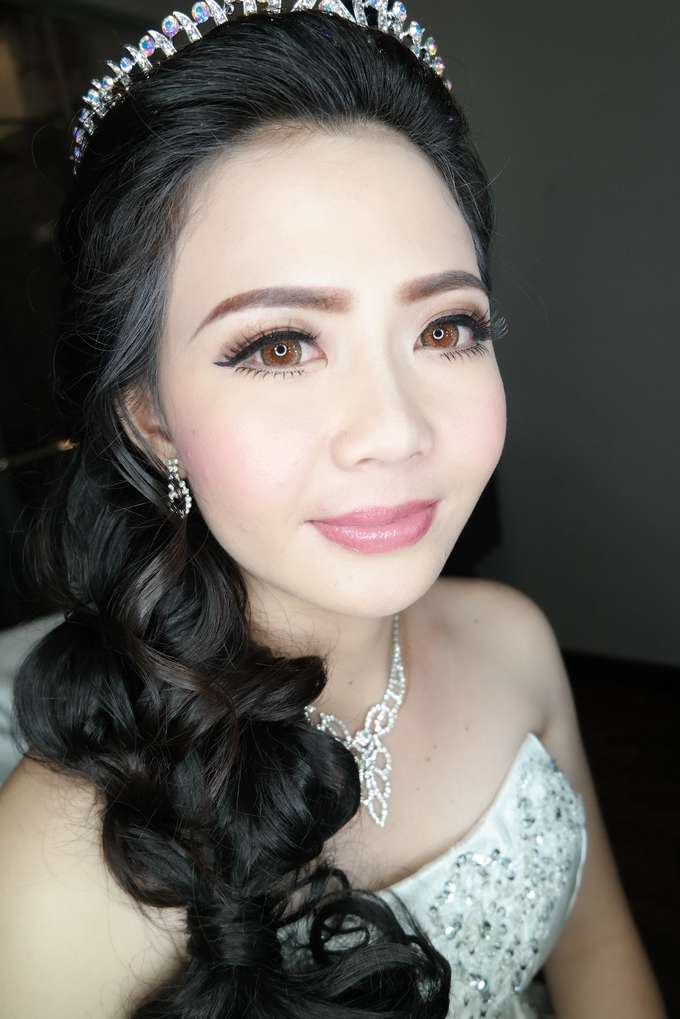 Wedding - Herta  by vinamakeupartist - 009