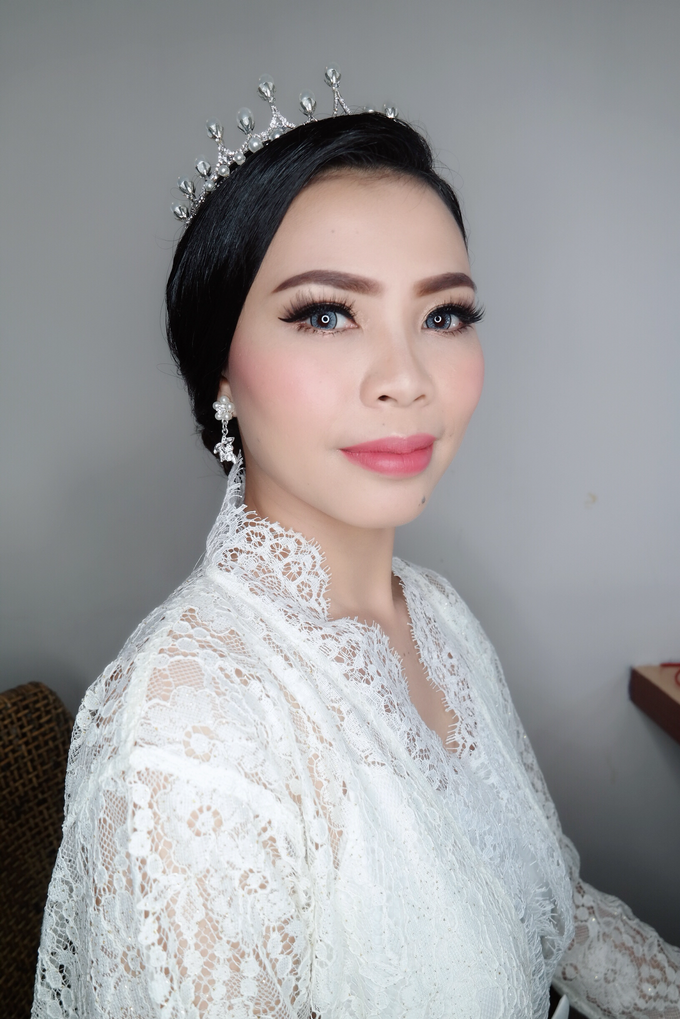 The wedding - Novia by vinamakeupartist - 001