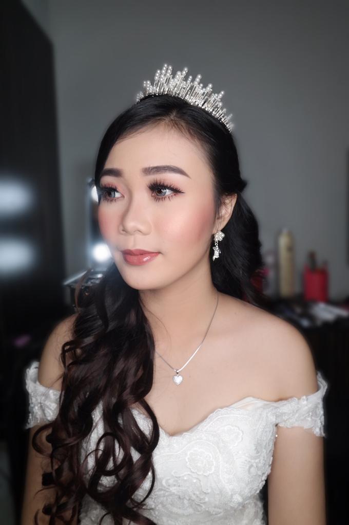 Yuriska - the wedding  by vinamakeupartist - 002