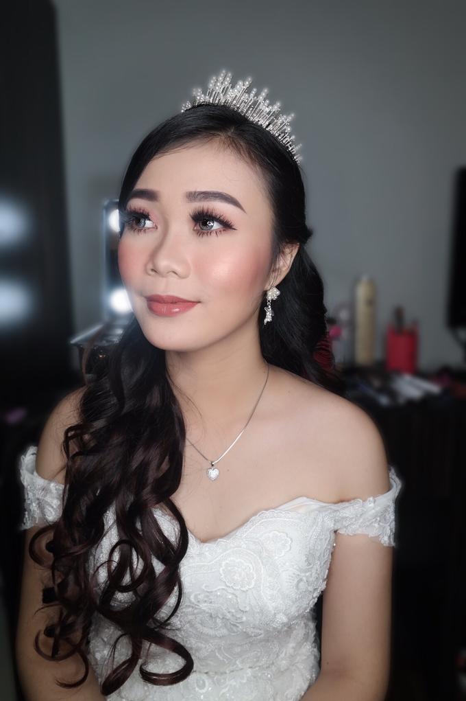 Yuriska - the wedding  by vinamakeupartist - 001