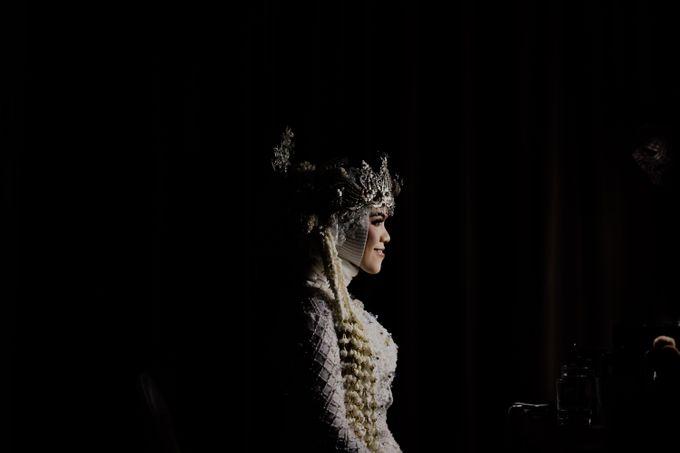 Vinsca & Ivan Wedding at Azila Villa by AKSA Creative - 005