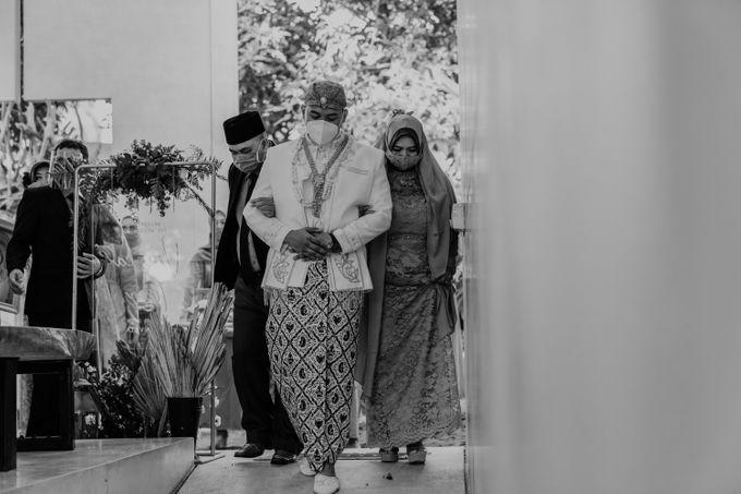 Vinsca & Ivan Wedding at Azila Villa by AKSA Creative - 006