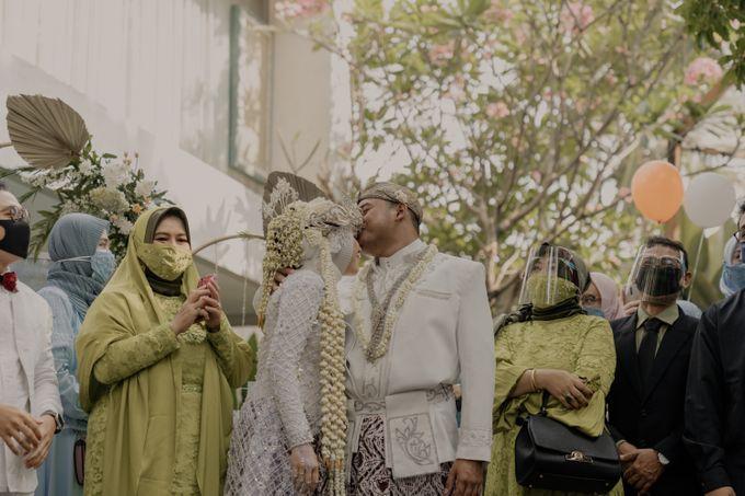 Vinsca & Ivan Wedding at Azila Villa by AKSA Creative - 015