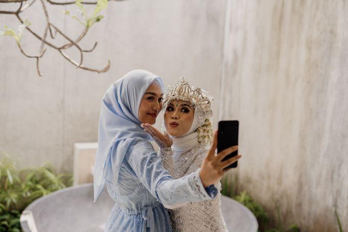Vinsca & Ivan Wedding at Azila Villa by AKSA Creative - 017