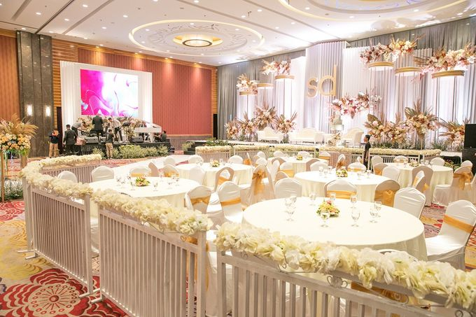 Skenoo Hall VIP Area Decoration by IKK Wedding Venue - 004