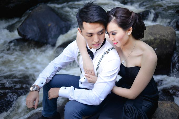 Vivin & Hendy Prewedding Session by Thepotomoto Photography - 011