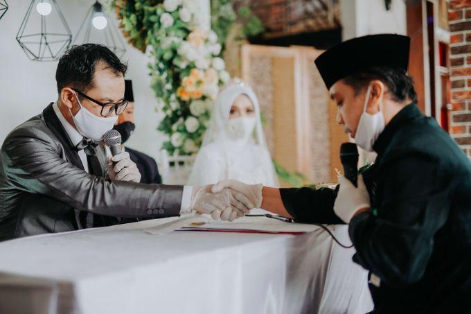 Akad Moment of  Taufiq & Rita by Photopholife_view - 024