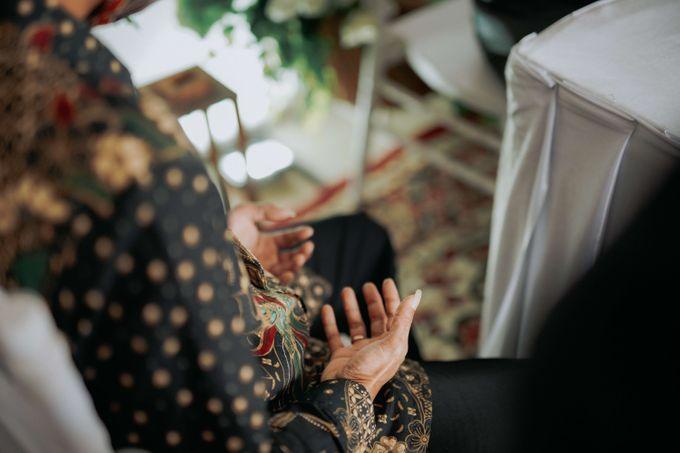 Akad Moment of  Taufiq & Rita by Photopholife_view - 026