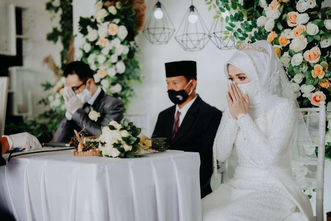Akad Moment of  Taufiq & Rita by Photopholife_view - 027