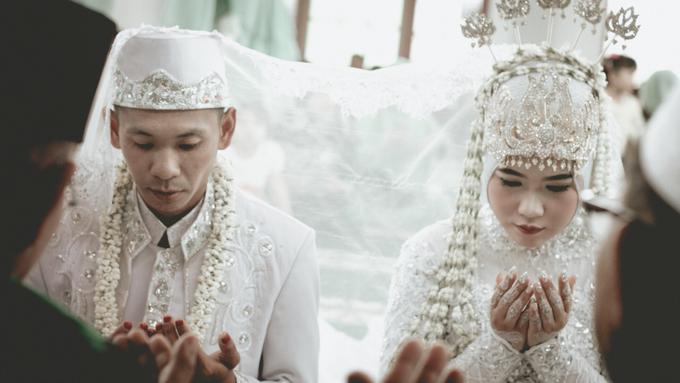 Rima & Vindy Wedding by VMP Creative - 004