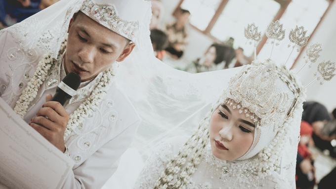 Rima & Vindy Wedding by VMP Creative - 009