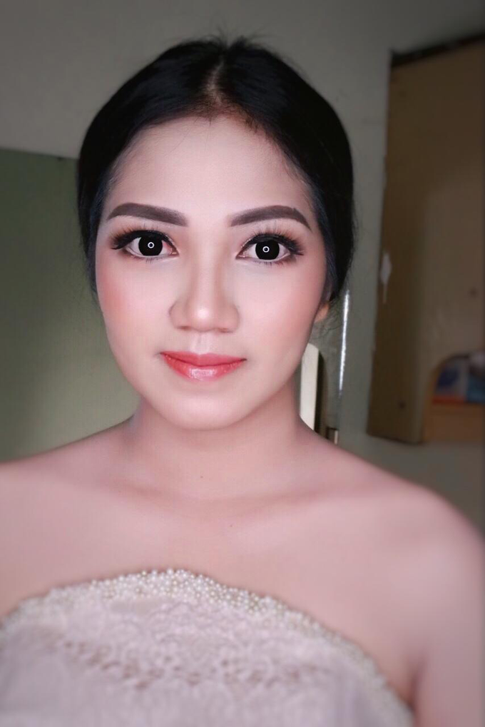 Wedding makeup by Vnimakeupartist - 007