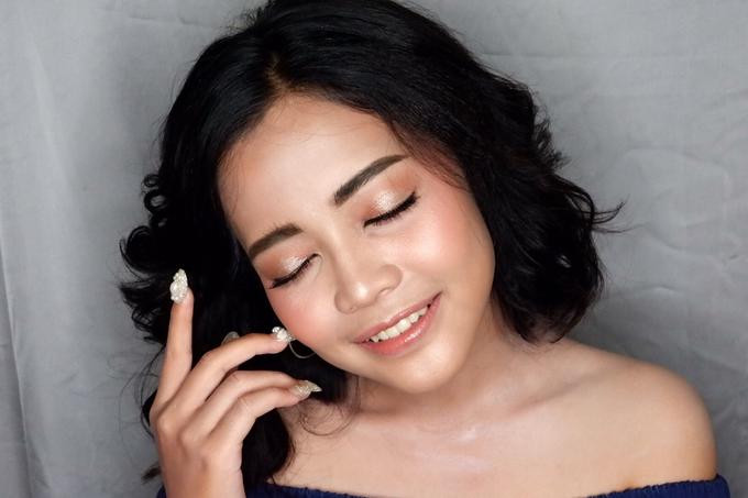 Wedding makeup by Vnimakeupartist - 021