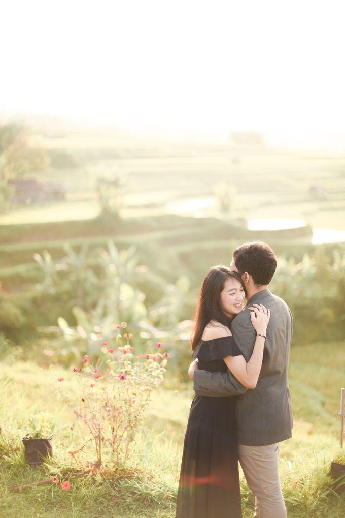Minangkabau Couple Session of Tere and Bona by Vanilla Latte Fotografia - 012