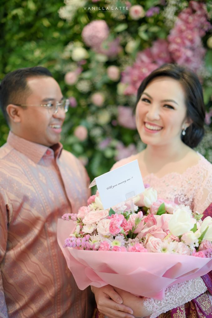Engagement Rizki & Tabita by Jardin Flowers - 003