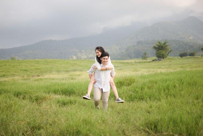 Minangkabau Couple Session of Tere and Bona by Vanilla Latte Fotografia - 034
