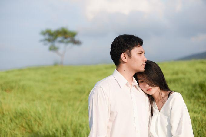 Minangkabau Couple Session of Tere and Bona by Vanilla Latte Fotografia - 037