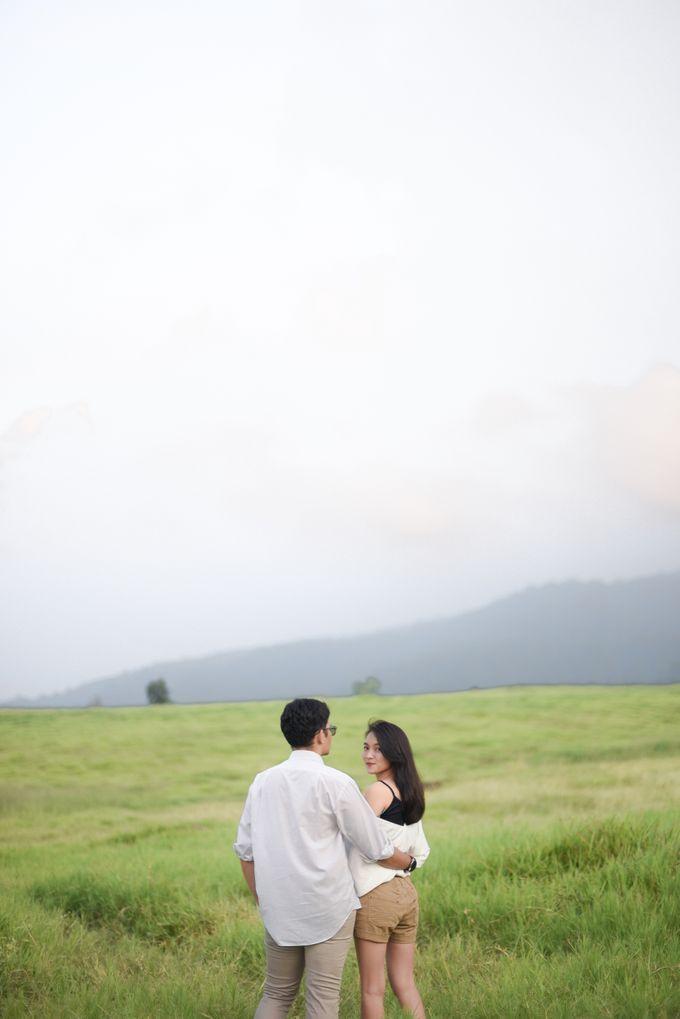 Minangkabau Couple Session of Tere and Bona by Vanilla Latte Fotografia - 043