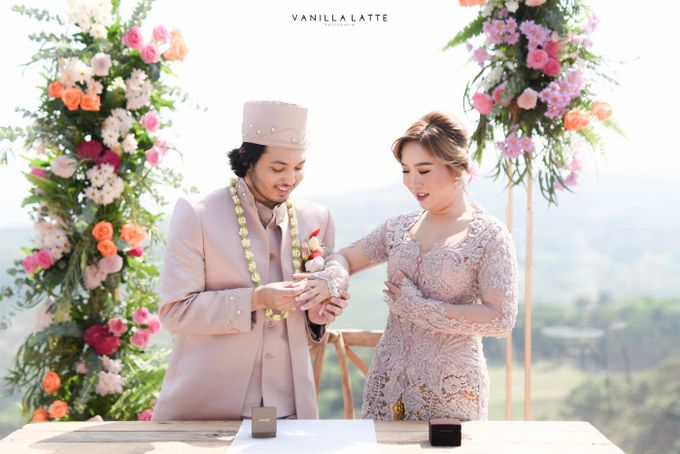 Intimate Wedding at Royal Tullip Bogor by Vanilla Latte Fotografia - 024