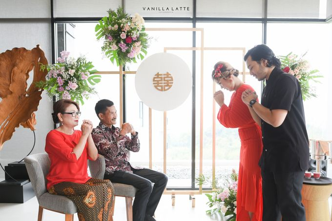 Intimate Wedding at Royal Tullip Bogor by Vanilla Latte Fotografia - 036