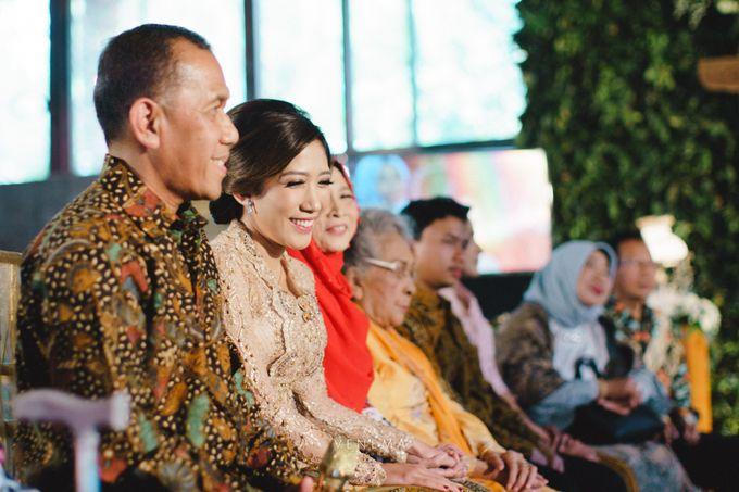 Dana & Brena Engagement by Akuwedding - 015
