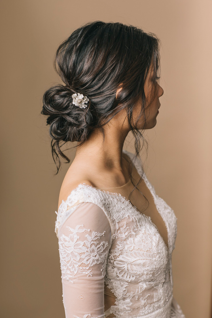Rustic Makeup and hairdo  by Vow bridal house - 004