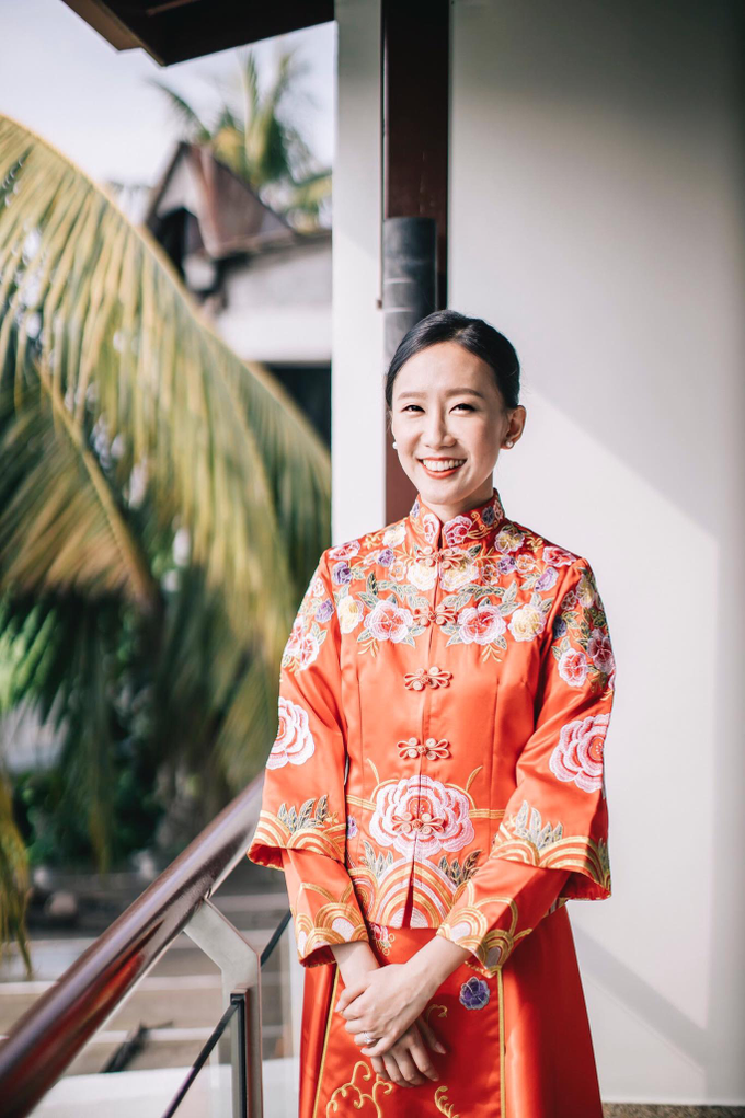Chinese wedding Bride Christina by Vow bridal house - 003