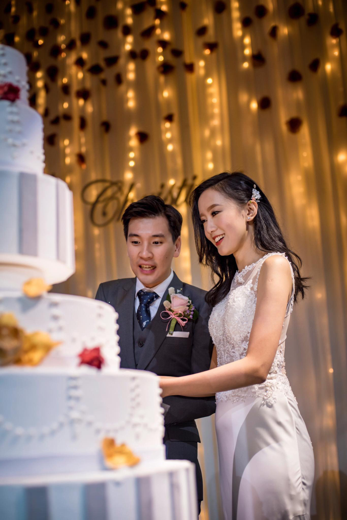 Chinese wedding Bride Christina by Vow bridal house - 006