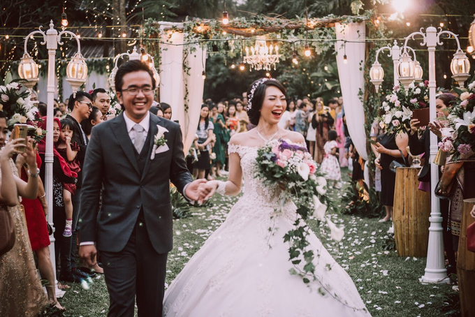 The wedding of Joshua & Jessica by Voyage Entertainment - 002