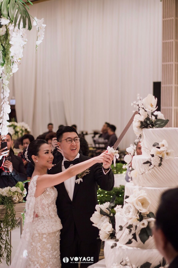 THE WEDDING OF DANIEL & CLARISA by Voyage Entertainment - 006