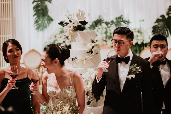 THE WEDDING OF DANIEL & CLARISA by Voyage Entertainment - 011