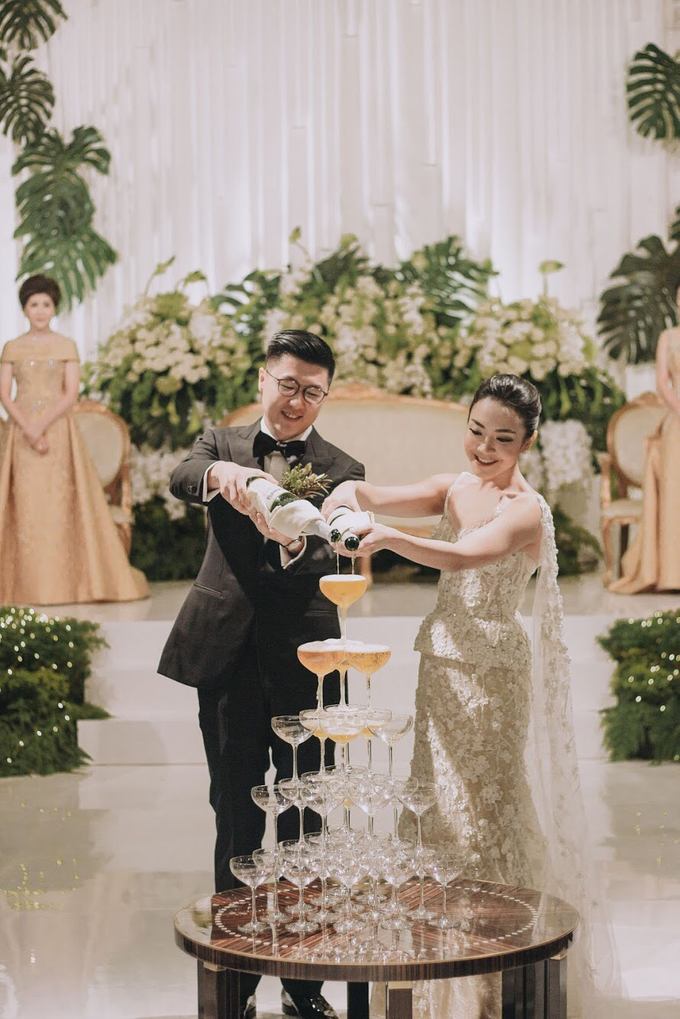 THE WEDDING OF DANIEL & CLARISA by Voyage Entertainment - 017