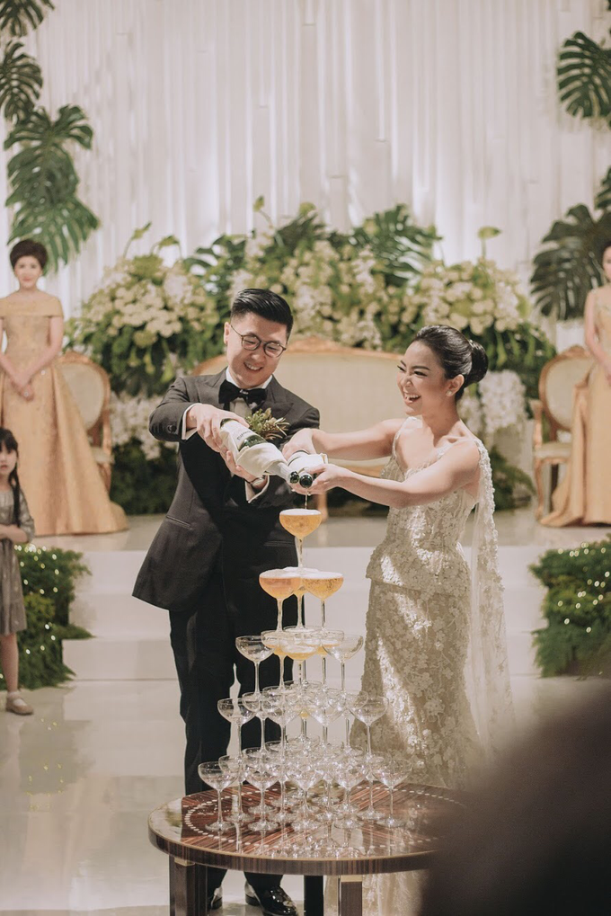 THE WEDDING OF DANIEL & CLARISA by Voyage Entertainment - 019