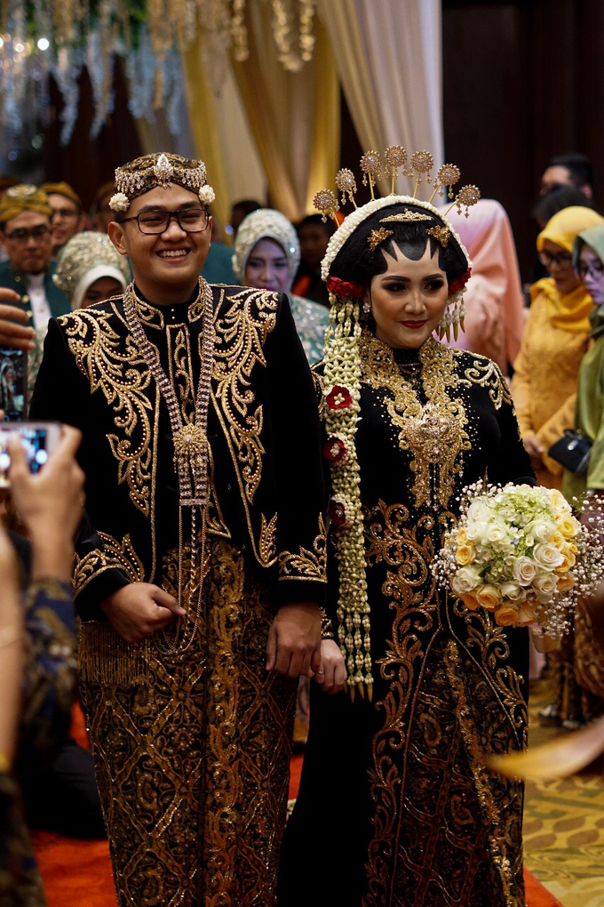 The wedding of Raras & Radit by Voyage Entertainment - 005