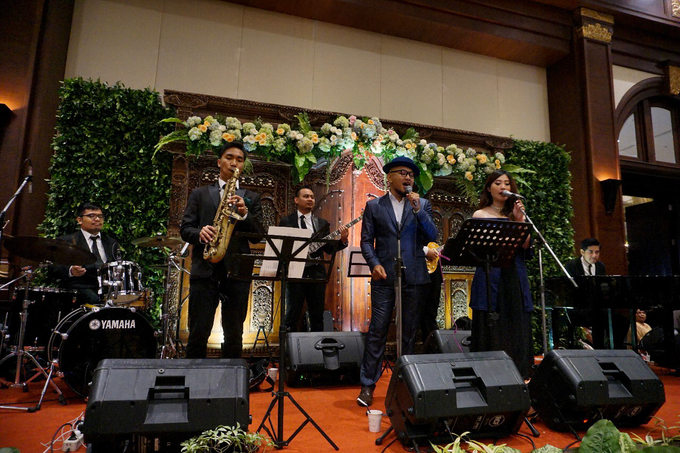 The wedding of Raras & Radit by Voyage Entertainment - 007