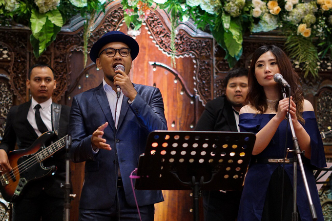 The wedding of Raras & Radit by Voyage Entertainment - 009