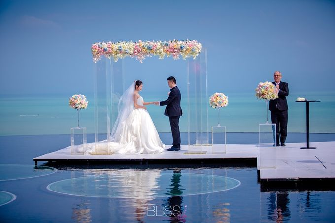Over water wedding at W retreat koh samui by BLISS Events & Weddings Thailand - 006